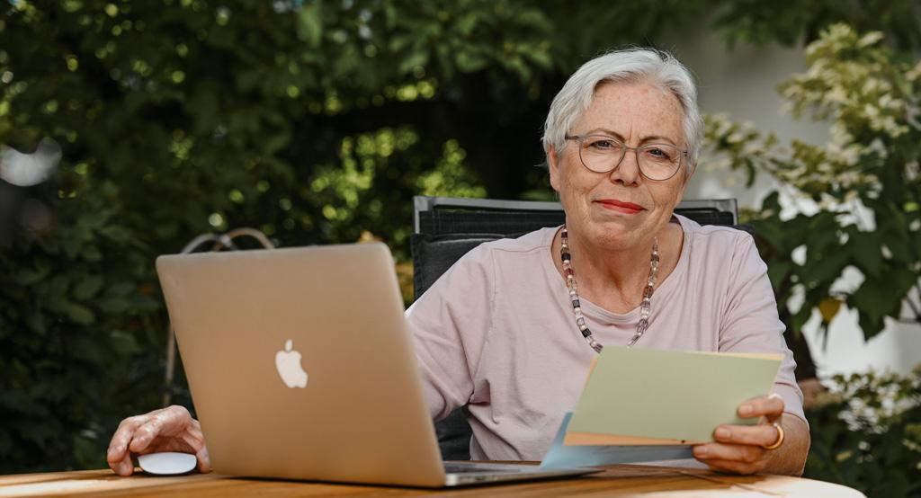 Ulrike Burkert im Regioanlrat für die Grünen
